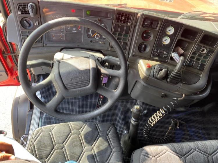 Scania 124 360 6x2 2004